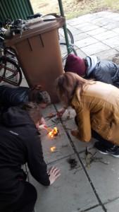 Pokus o rozdělání ohně